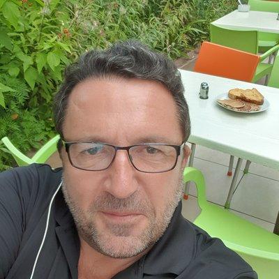 Profilbild von Handsome1