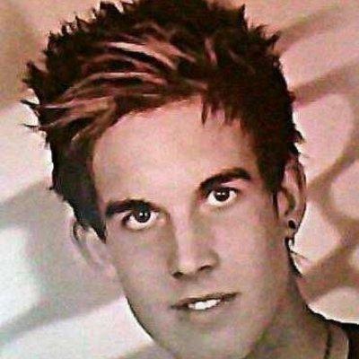 Profilbild von DeNnIsooo
