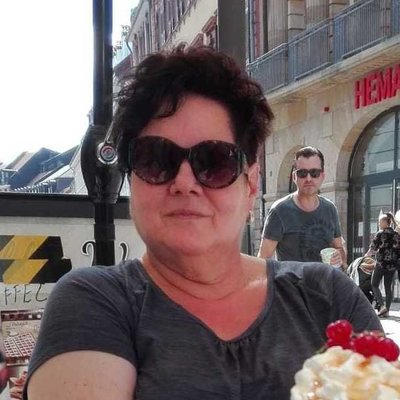 Profilbild von LaVieEstBelle62