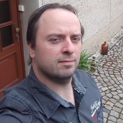 Profilbild von RobertWo