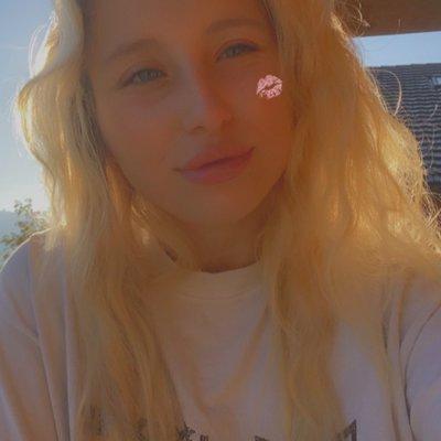 Blondie02