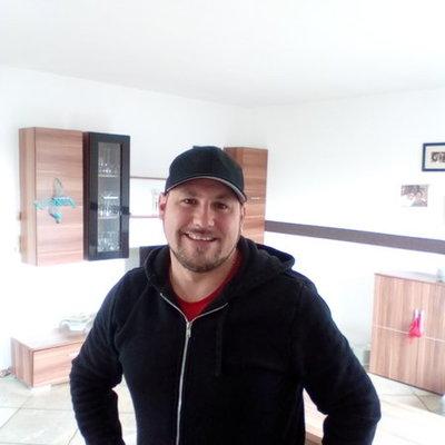 Profilbild von Tobi321