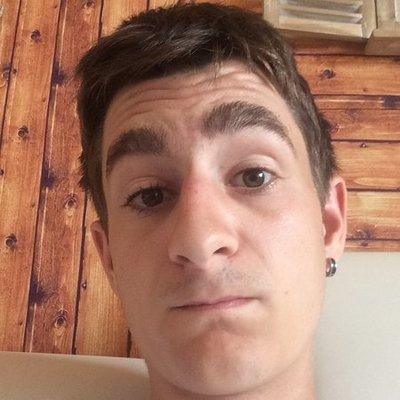 Profilbild von Fabian99__