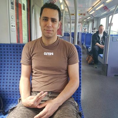 Profilbild von Hossein90