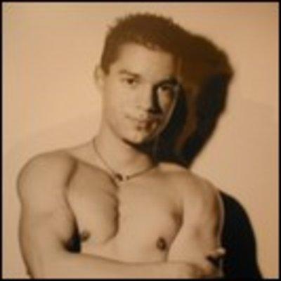 Profilbild von YESSIR79