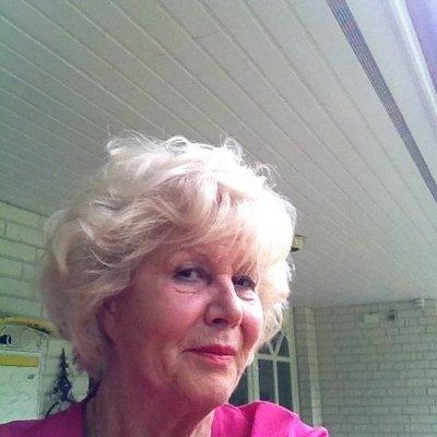 Profilbild von KarlottaJ