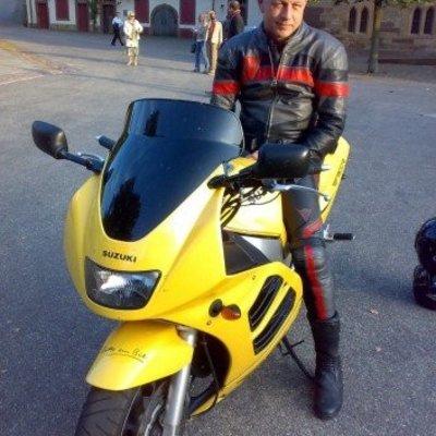 Profilbild von suzuki900_
