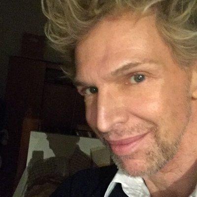 Profilbild von FrancoisPelikan17