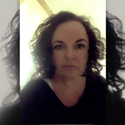 Profilbild von AnaVendetta
