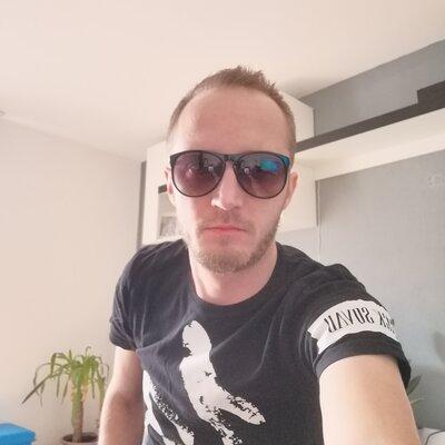 Profilbild von JohnSnow82
