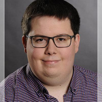 Dennis9
