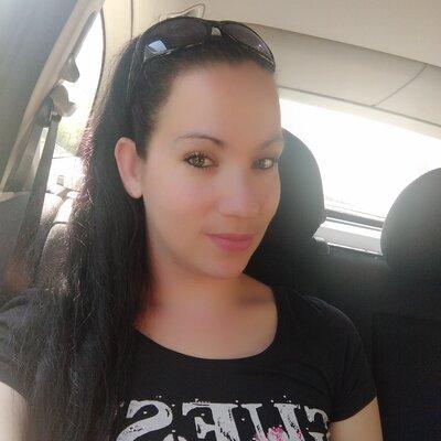 Profilbild von Laylaa