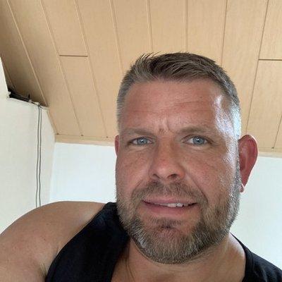 Profilbild von Lacki82