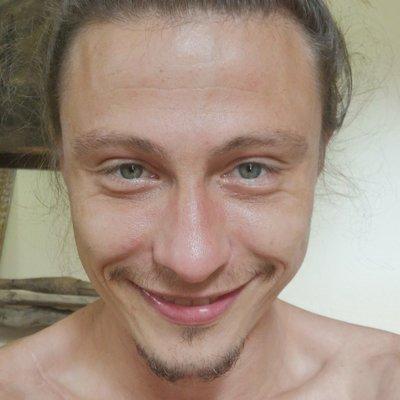 Profilbild von Emanuel1988