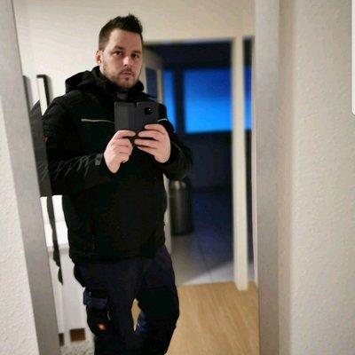 Profilbild von Dennis1911