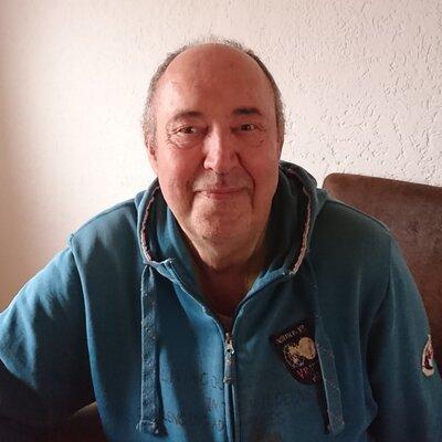 Profilbild von Versuchmachtklug