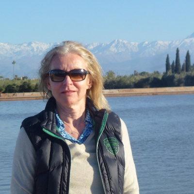 Profilbild von Candra24